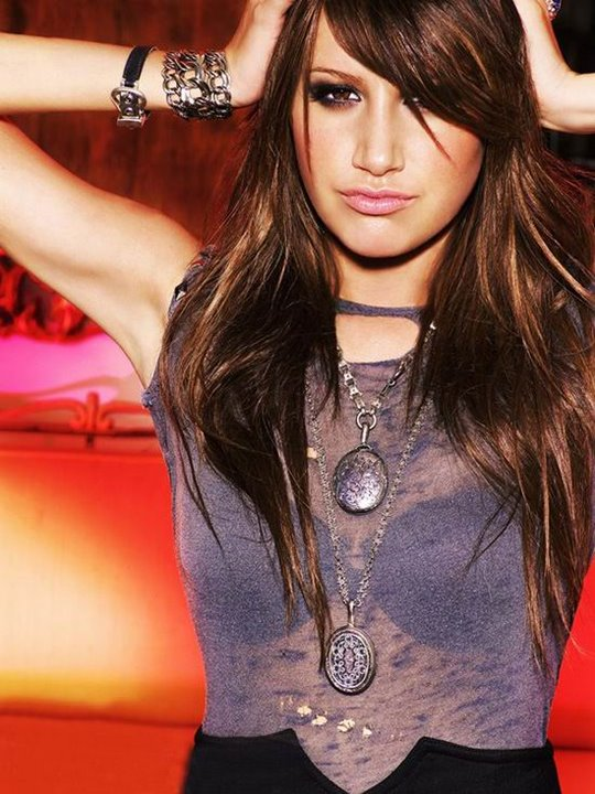 hot-ashley-tisdale-hairstyle-pictrues